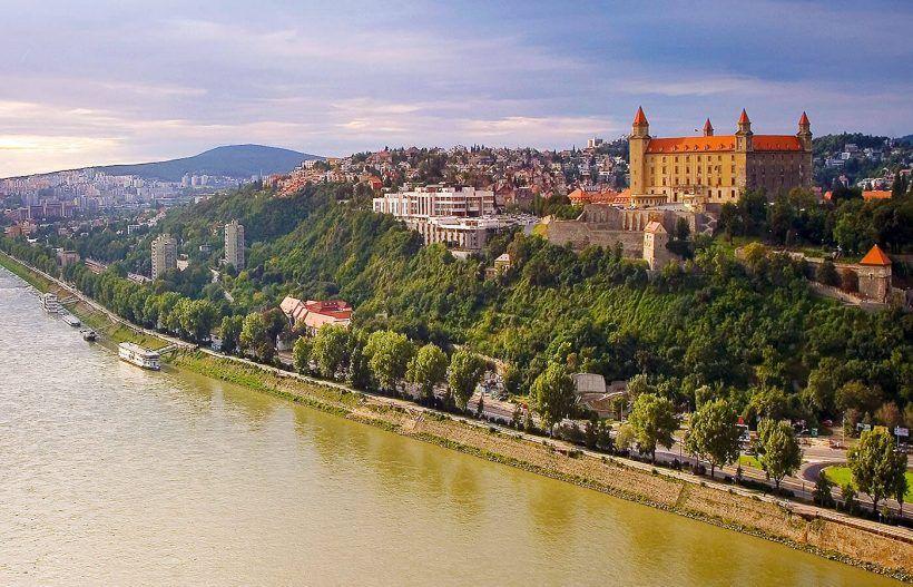 Vistas del Danubio desde Bratislava